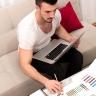 Beeld Werknemers geven weinig gehoor aan de basisprincipes voor vitaal thuiswerken