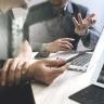 Beeld Jongeren voelen zich onder druk gezet om digitale vaardigheden op te doen