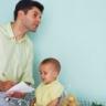 Beeld Hele week betaald verlof voor partners bij geboorte baby