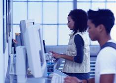 Beeld Bijna iedereen werft personeel online