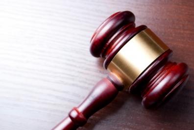 Beeld Klokkenluider meldde vermoeden van een misstand, maar werd toch ontslagen