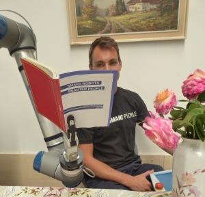 Beeld Leren samenwerken met je robot-collega