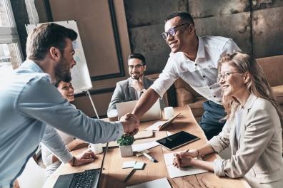 Beeld In vier stappen naar betere samenwerking tussen HR & IT