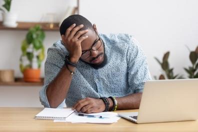 Beeld Psychisch verzuim blijft hoog. Inzicht in risico's en gerichte actie helpt werkgevers verzuim voorkomen