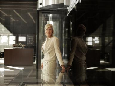 Beeld Monique Donga, Directeur Group HR Robeco: 'Een vertrouwensrelatie is cruciaal'