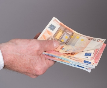 Beeld Fiscalisten: 'grote fout' in NOW-regeling. Deel werkgevers moet overheidssteun terugbetalen