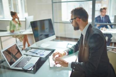 Beeld 40% werknemers ontvangt niet de minimale ondersteuning bij aanvang nieuwe baan