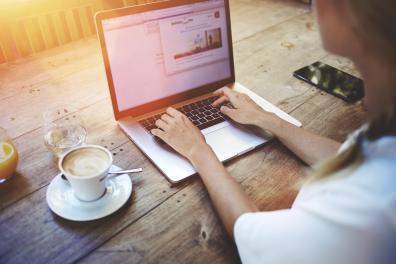 Beeld Lunchpauze favoriete moment voor online training
