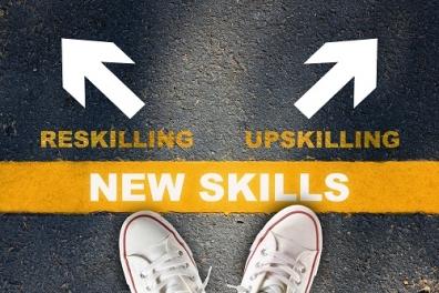Beeld Vier manieren waarop AI helpt de skills gap te dichten