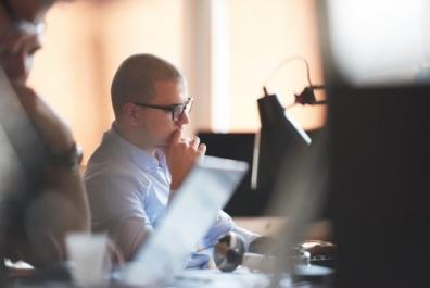 Beeld 42 Procent werknemers wil verbod op bereikbaarheid buiten werktijd